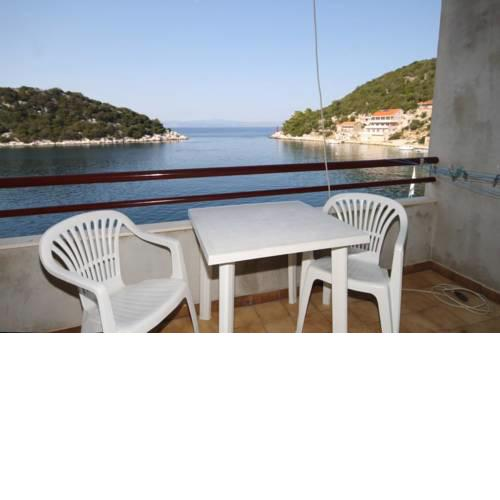 Apartments by the sea Zaklopatica, Lastovo - 8393