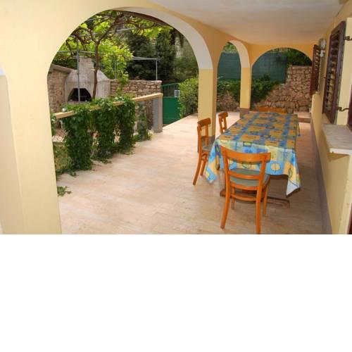 Apartments with a parking space Mali Losinj (Losinj) - 12551