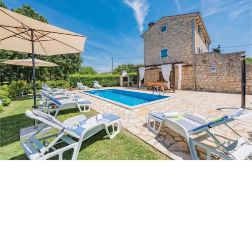 Holiday home Pamici V