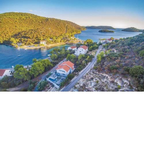 Seaside house with a swimming pool Pasadur, Lastovo - 15847
