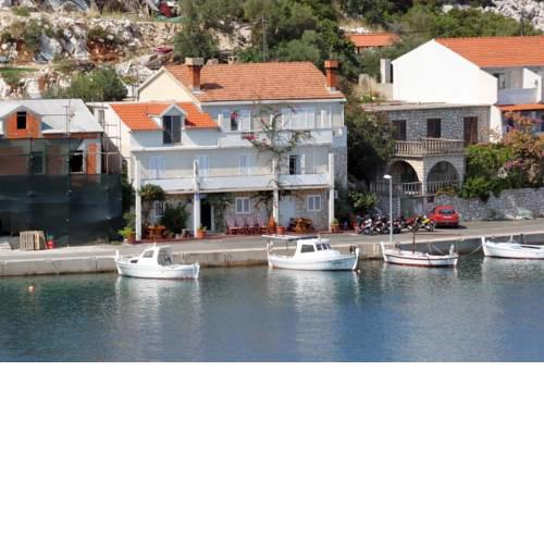 Apartments by the sea Zaklopatica, Lastovo - 8357