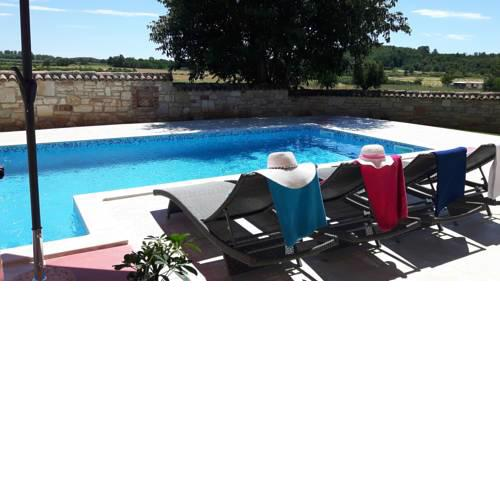 Villa Luna 4+1 with pool