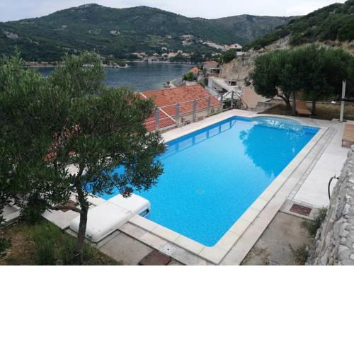 Villa Matej with pool and sea view